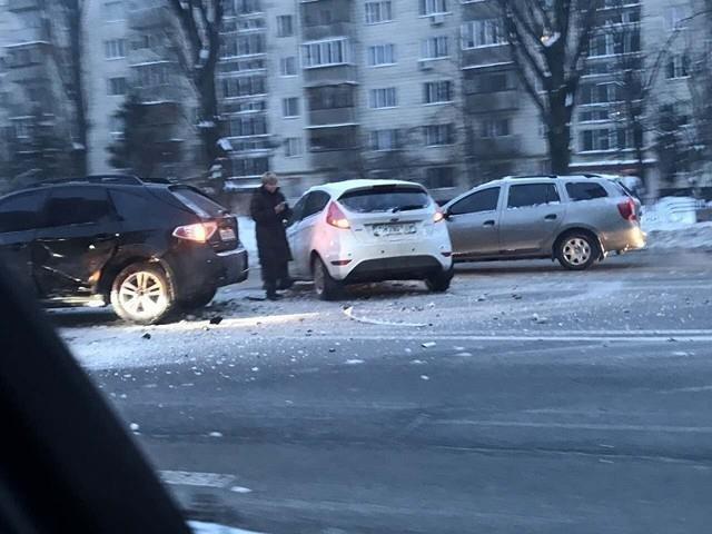 В Киеве девушка на элитном авто устроила масштабное ДТП (ФОТО), фото-4