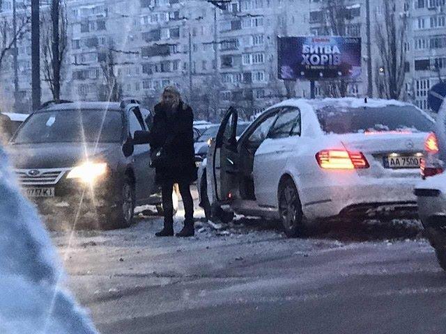 В Киеве девушка на элитном авто устроила масштабное ДТП (ФОТО), фото-3