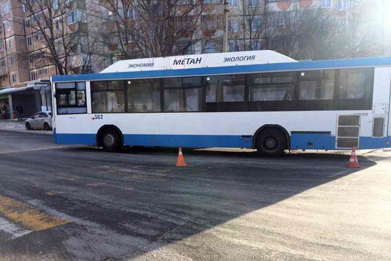 В Белгороде автобус насмерть сбил пешехода, фото-1