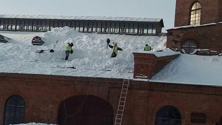 Памятник промышленной архитектуры спасли от снежного плена, фото-4