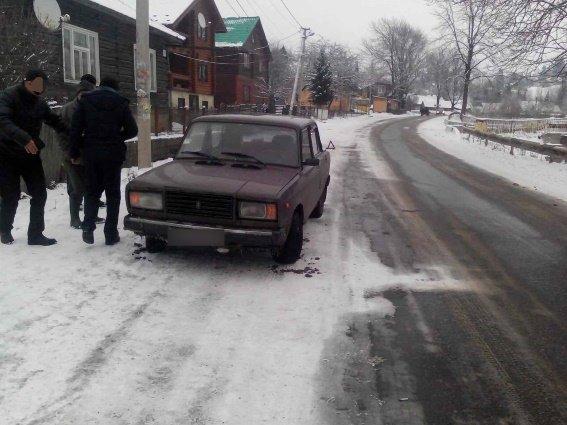 """На Рахівщині водій на """"Жигулях"""" переїхав 7-річну дівчинку, яка перебігала дорогу: фото, фото-1"""
