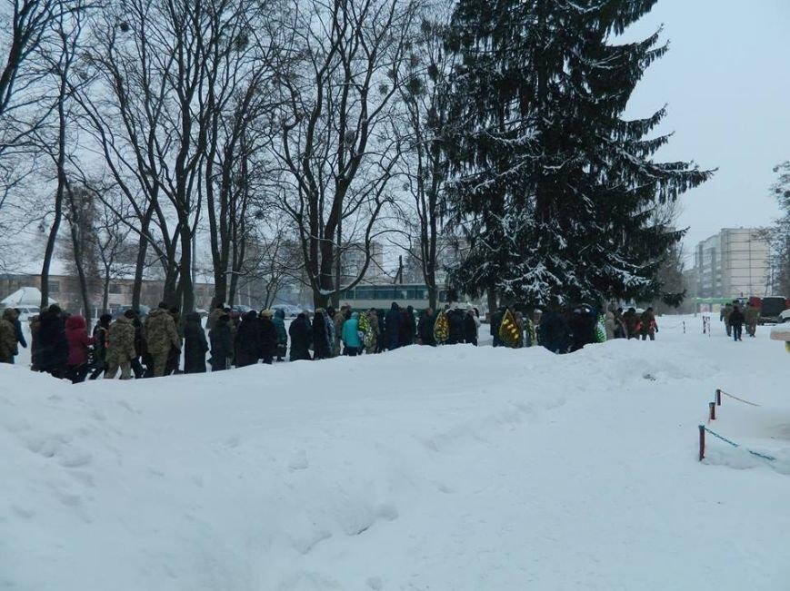 У Новоград-Волинському гарнізонному будинку офіцерів відбулась церемонія прощання з бійцем 30-ї бригади Олегом Бодахом, фото-4