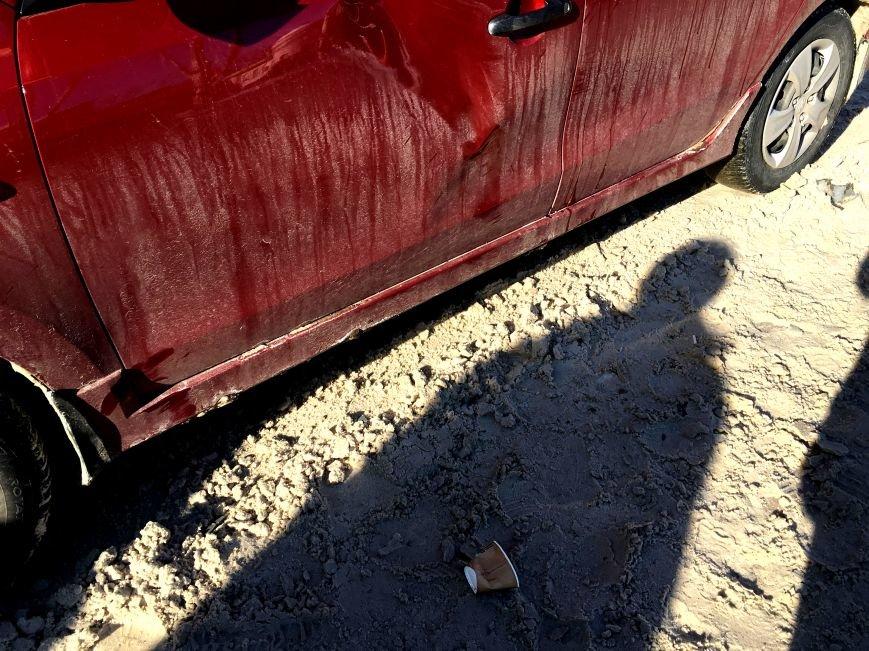 В центре Кривого Рога под колеса грузовика попал криворожанин, пьющий кофе (ФОТО), фото-6