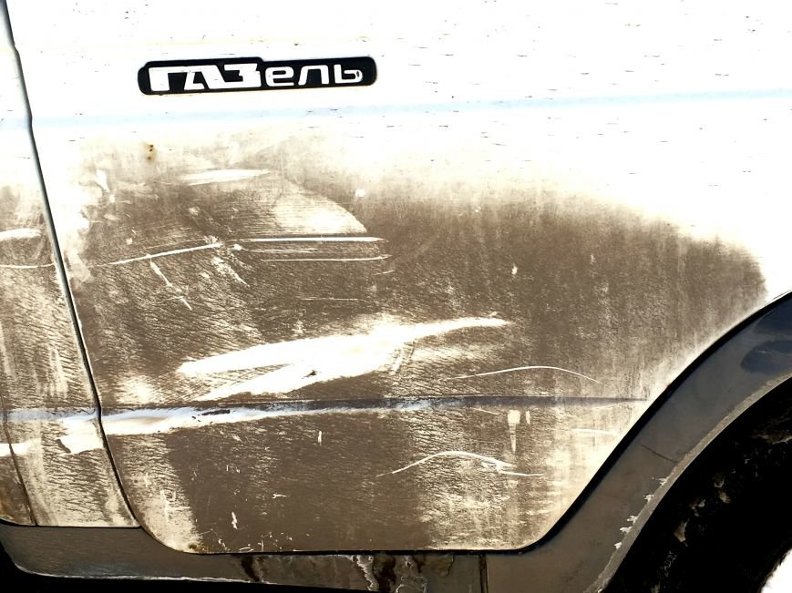 В центре Кривого Рога под колеса грузовика попал криворожанин, пьющий кофе (ФОТО), фото-11