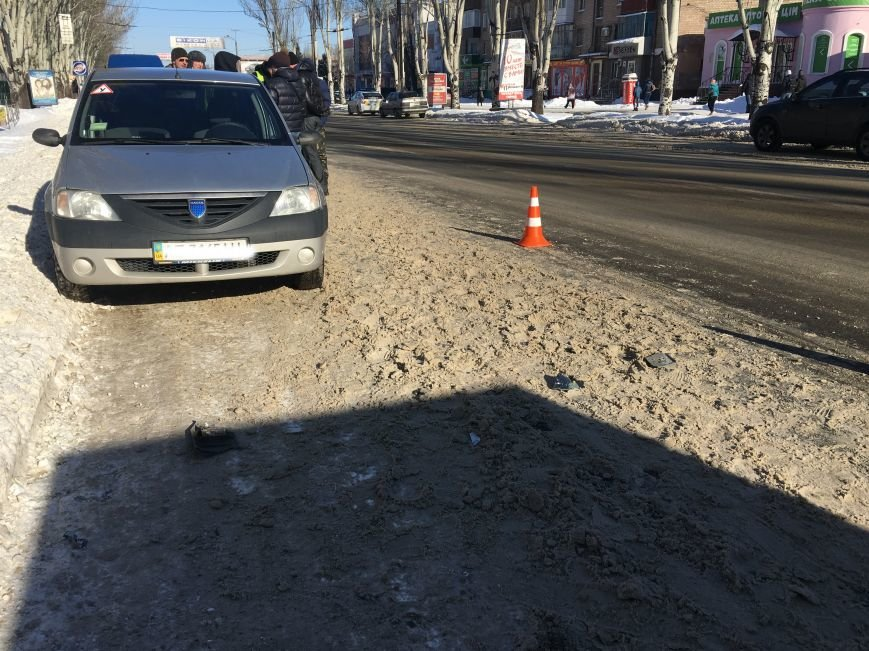 В центре Кривого Рога под колеса грузовика попал криворожанин, пьющий кофе (ФОТО), фото-9