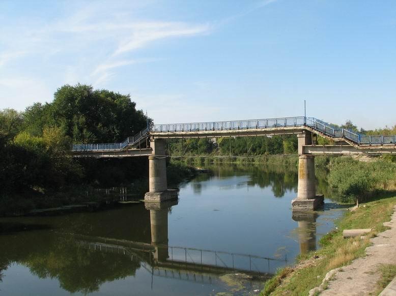пешеходный мост через Волчью