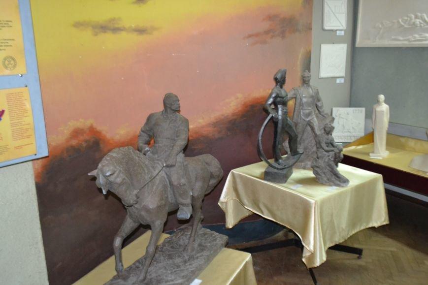 В Кривом Роге открылась выставка работ Александра Васякина (ФОТО), фото-4