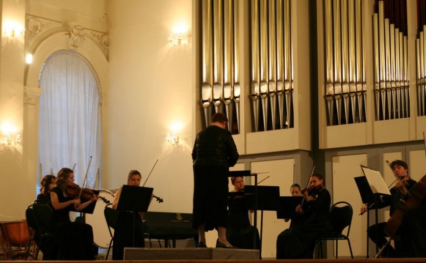 В саратовской консерватории открывается цикл концертов камерного оркестра «Консонанс», фото-1