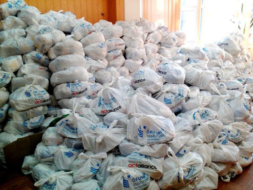 У Херсоні видаватимуть гуманітарні набори 700 переселенцям (фото), фото-3