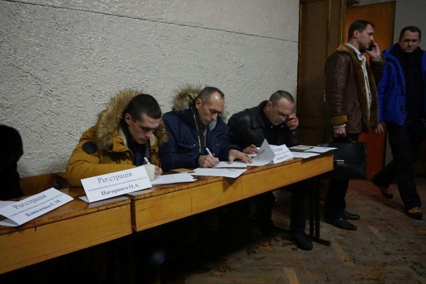 Во время регистрации участников собрания по созданию инициативной группы по отзыву каменских депутатов произошел казус, фото-4