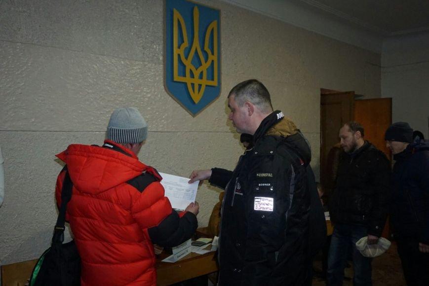 Во время регистрации участников собрания по созданию инициативной группы по отзыву каменских депутатов произошел казус, фото-1