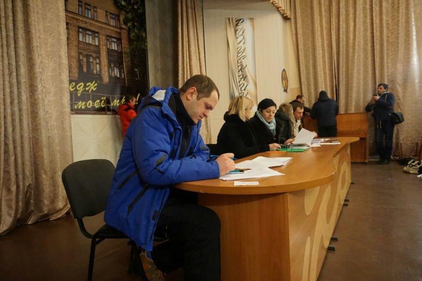 В Каменском собрание народной инициативы по отзыву депутатов прошло с большими странностями, фото-8