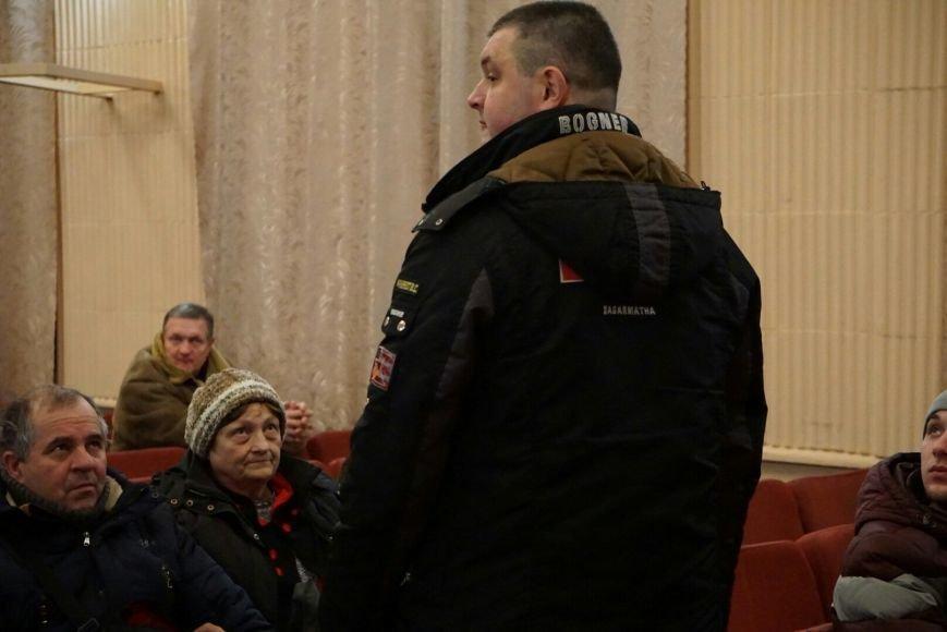В Каменском собрание народной инициативы по отзыву депутатов прошло с большими странностями, фото-4