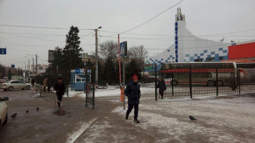 Пригородный автовокзал Ростова-на-Дону обнесли забором, фото-3