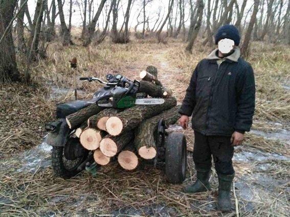 """На Херсонщине сотрудники водной полиции задержали """"на горячем"""" лесных браконьеров (фото), фото-1"""