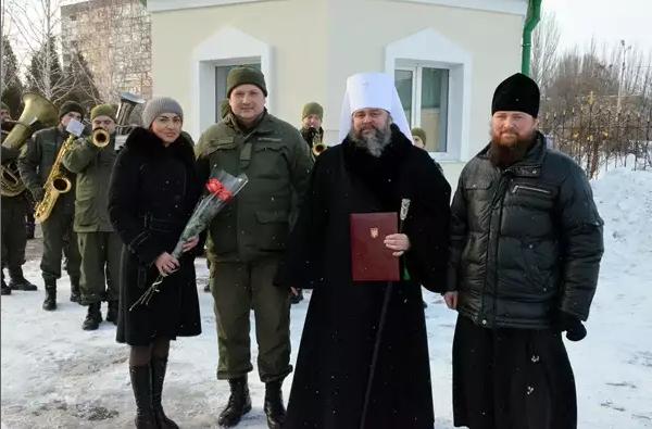 Митрополит Ефрем отметил День Ангела со всей Криворожской епархией, мэром и казаками (ФОТО), фото-3