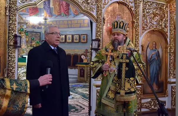 Митрополит Ефрем отметил День Ангела со всей Криворожской епархией, мэром и казаками (ФОТО), фото-7