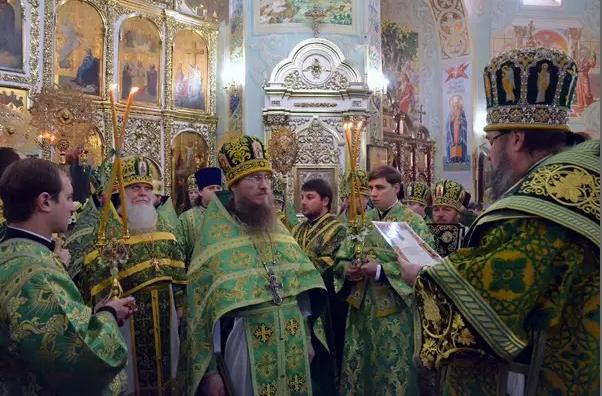 Митрополит Ефрем отметил День Ангела со всей Криворожской епархией, мэром и казаками (ФОТО), фото-4