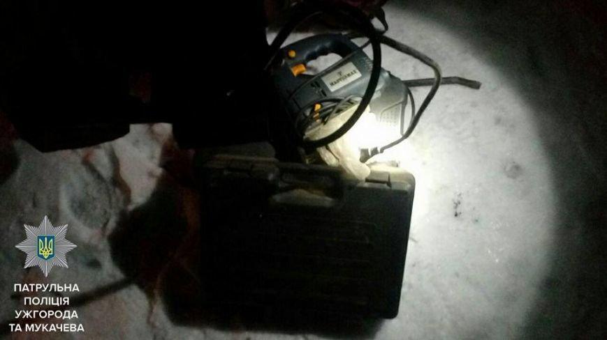 Як ужгородські патрульні затримували злодія на вулиці 8 Березня: фото, фото-3