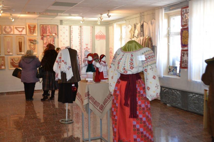 В Кривом Роге открылась выставка народного искусства (ФОТО), фото-8