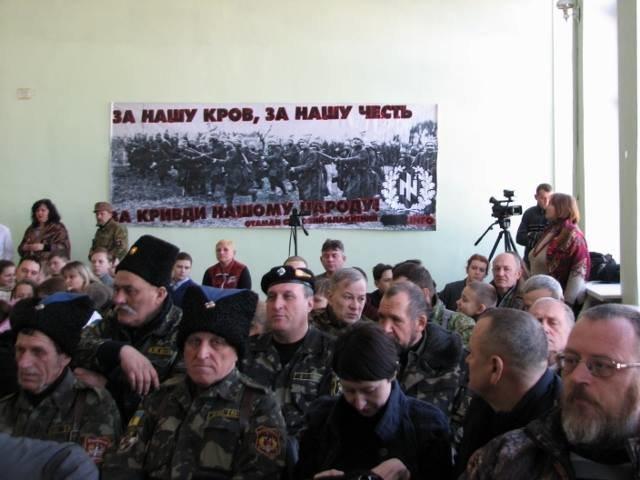 В Кривом Роге почтили память Главного атамана Холодного Яра (ФОТО) (ВИДЕО), фото-7