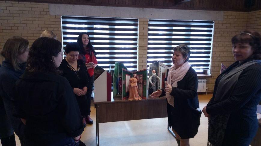 Дружковчанам в Святогорске презентовали музей гендера, фото-2