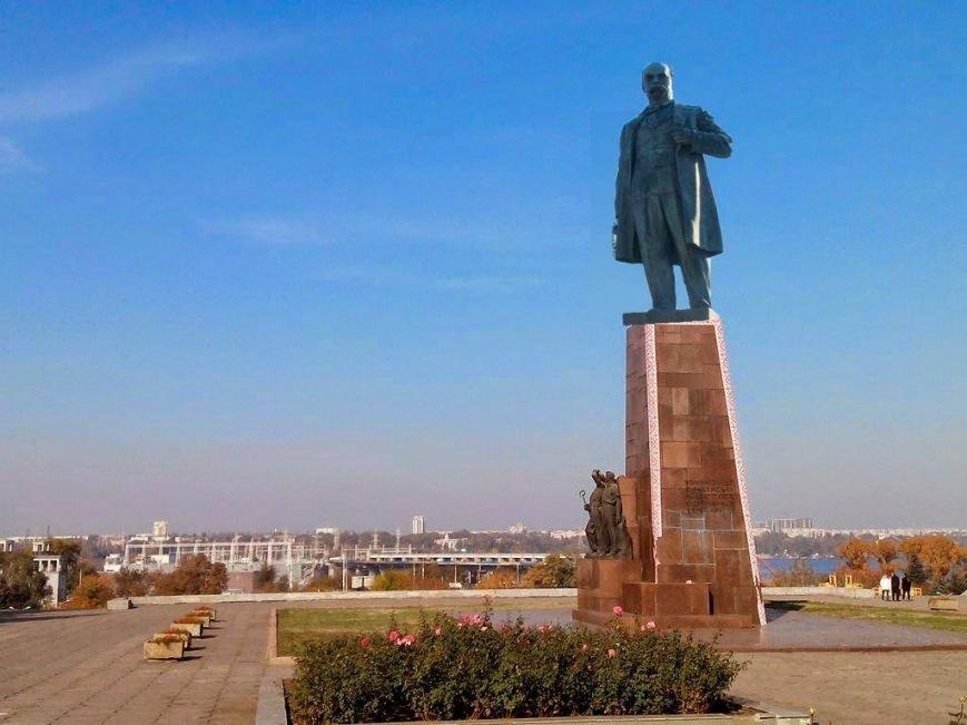 Памятник Шевченко вместо Ленина