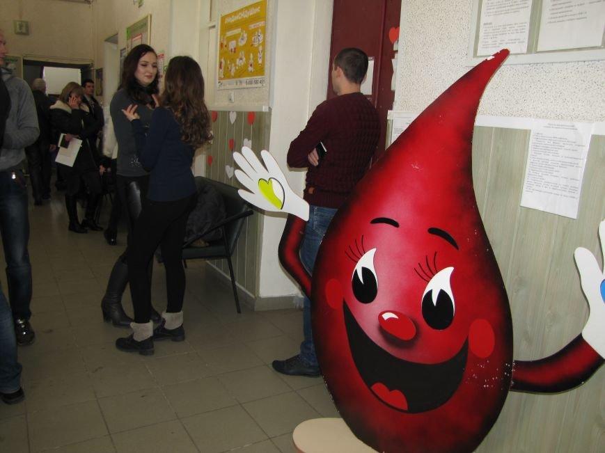 В Мелитополе влюбленные пополняют банк крови, фото-4
