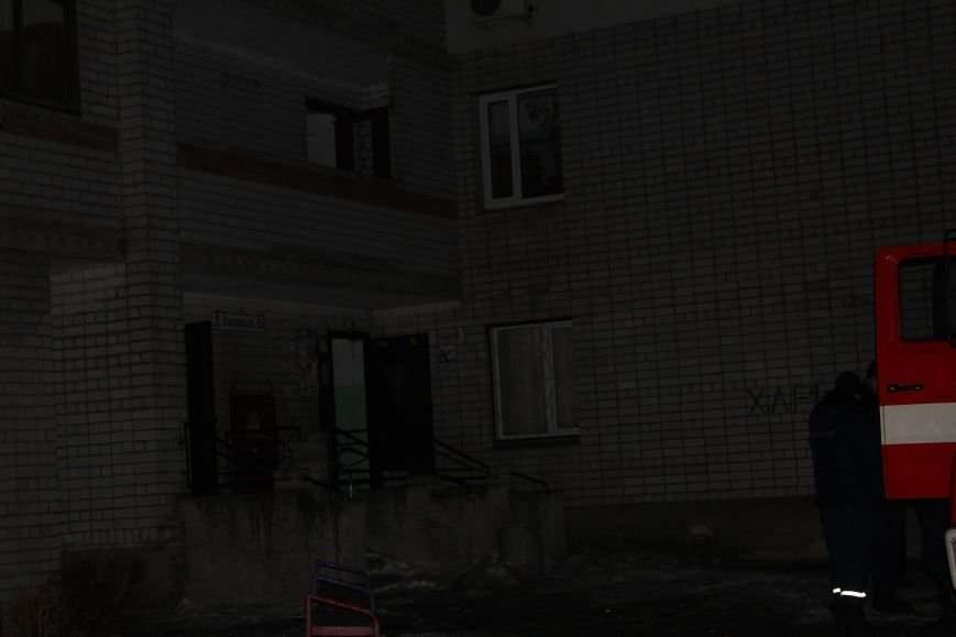 В Каменском мужчина совершил суицид, отстаивая права на квартиру, фото-1
