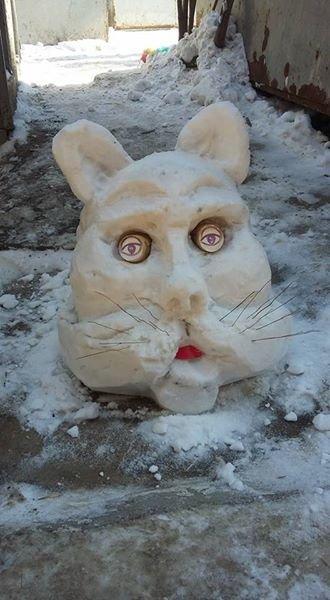 В Мелитополе слепили снеговиков, поднимающих настроение, фото-2