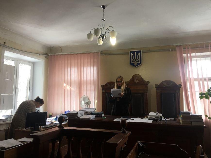 """Суд обязал полицию возбудить уголовное дело по факту """"кнопкодавства"""" в Криворожском горсовете (ФОТО), фото-10"""