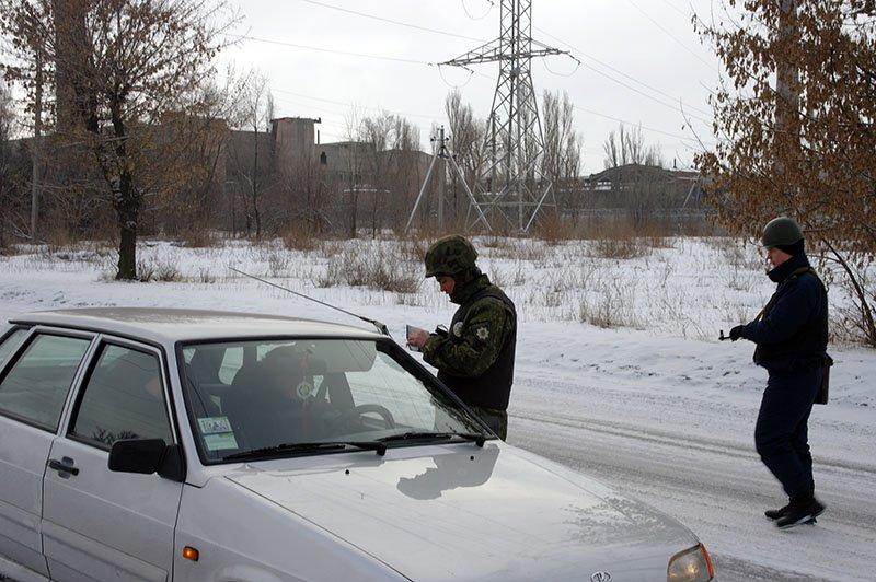 Правоохранители Бахмутской оперативной зоны усилили несения службы на территории обслуживания (ФОТОРЕПОРТАЖ), фото-9