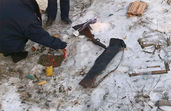 Под Кривым Рогом жители села испугались пьяного рецидивиста с ружьем (ФОТО), фото-1