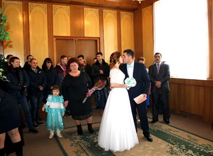 В День всех влюбленных сразу 12 пар решили заключить экспресс-брак (ФОТО), фото-3