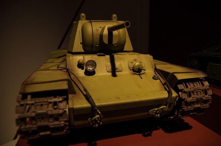 Музей бронетанковой техники собрал уникальную коллекцию предметов и макетов оружия, фото-13