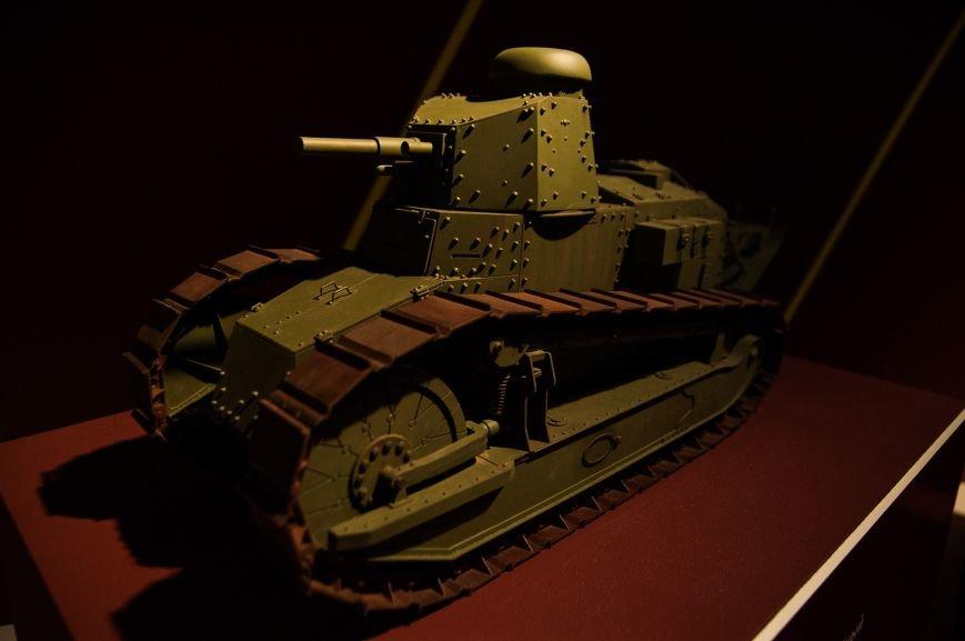 Музей бронетанковой техники собрал уникальную коллекцию предметов и макетов оружия, фото-11