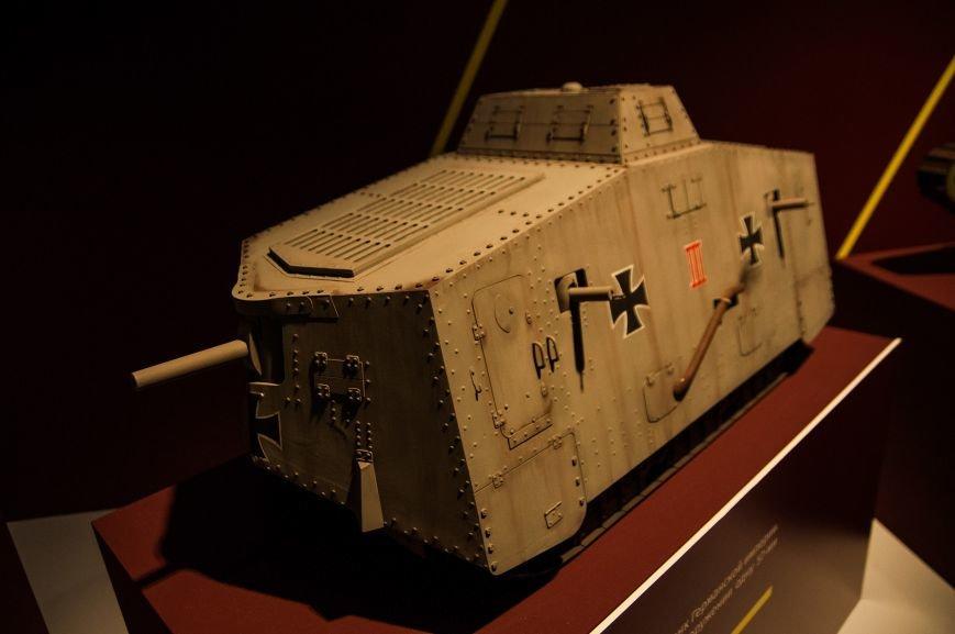 Музей бронетанковой техники собрал уникальную коллекцию предметов и макетов оружия, фото-10