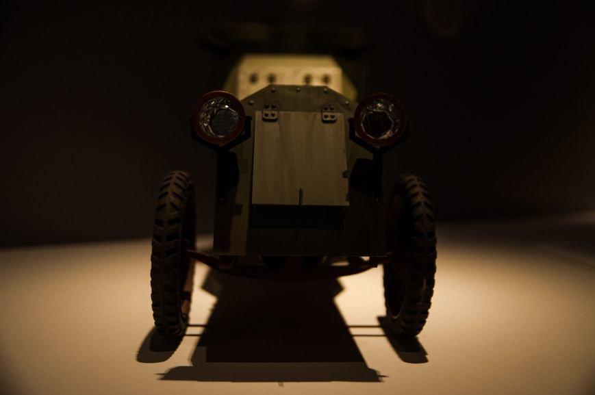 Музей бронетанковой техники собрал уникальную коллекцию предметов и макетов оружия, фото-7