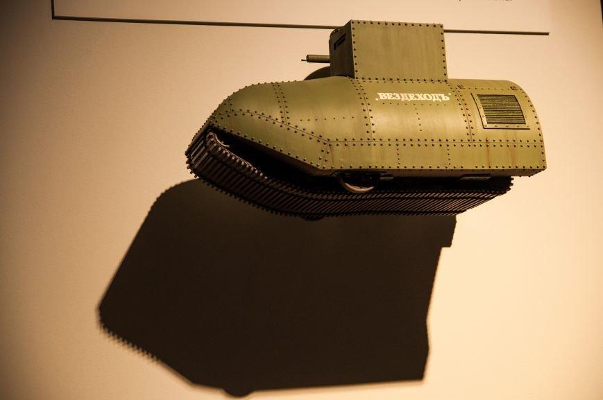 Музей бронетанковой техники собрал уникальную коллекцию предметов и макетов оружия, фото-8