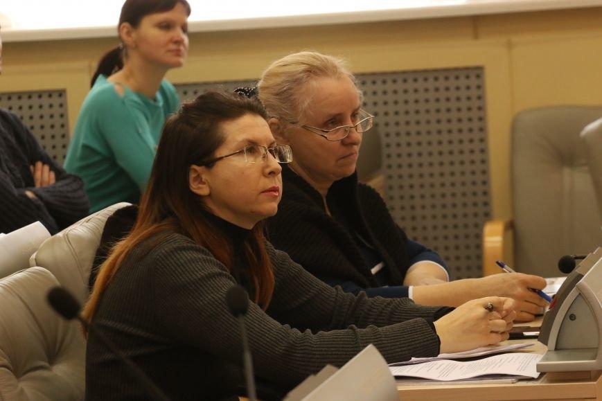 Армию чиновников и депутатов Днепропетровщины обучают заполнению е-деклараций (ФОТО), фото-4
