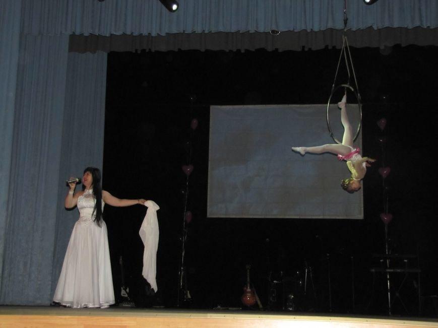 В Мелитополе показали студенческую любовь на лямур-шоу (фото), фото-1