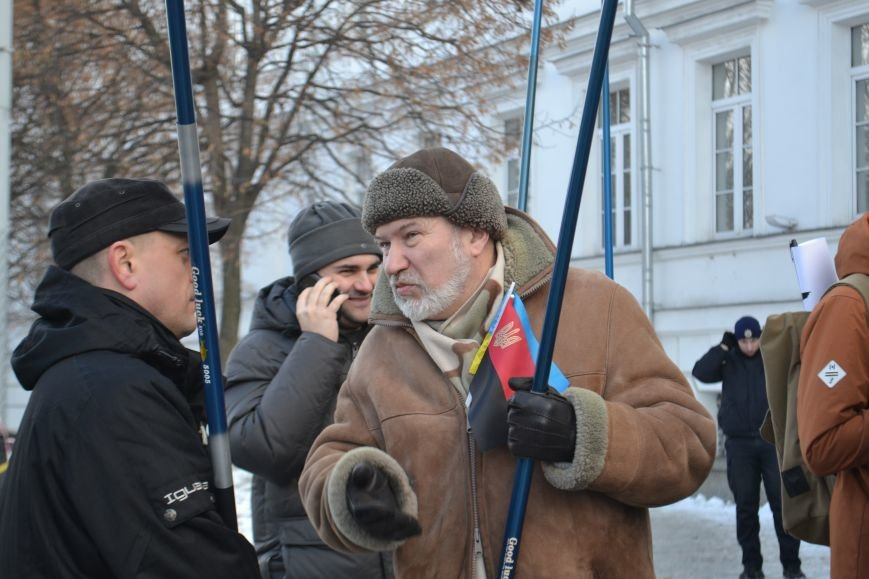 Похоронные венки у стен Полтавского горсовета: предприниматели митингуют за понижение налогов (Фото), фото-4