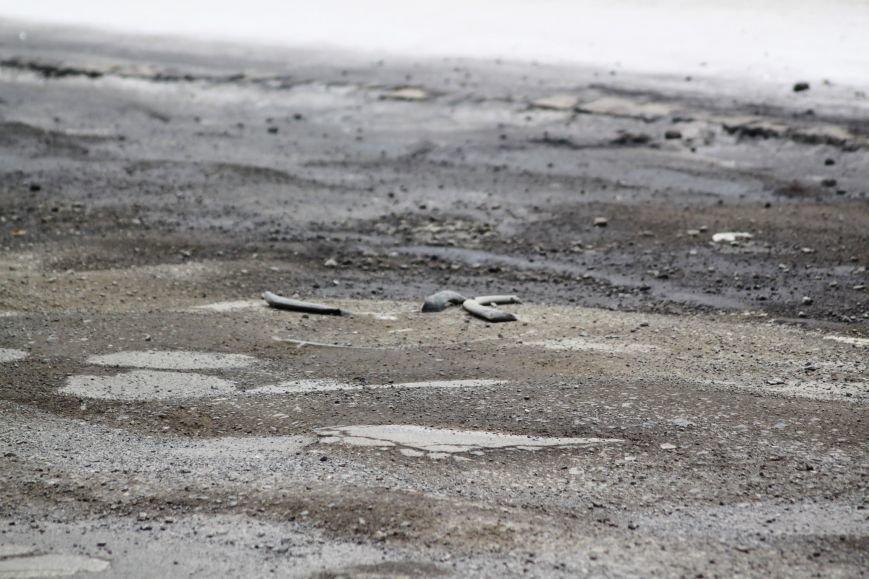 Ужгородські дороги після снігу: ямковий «облом», недобросовісні підрядники та плани міськради (ФОТОРЕПОРТАЖ), фото-17