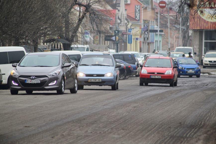 Ужгородські дороги після снігу: ямковий «облом», недобросовісні підрядники та плани міськради (ФОТОРЕПОРТАЖ), фото-12