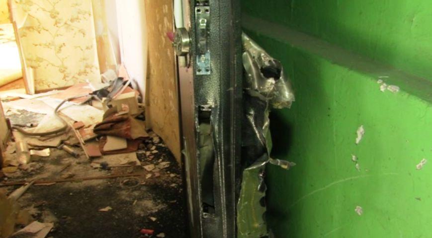 В Петропавловске расселенные дома на Фрунзе облюбовали бомжи и наркоманы, фото-5