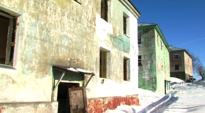В Петропавловске расселенные дома на Фрунзе облюбовали бомжи и наркоманы, фото-3