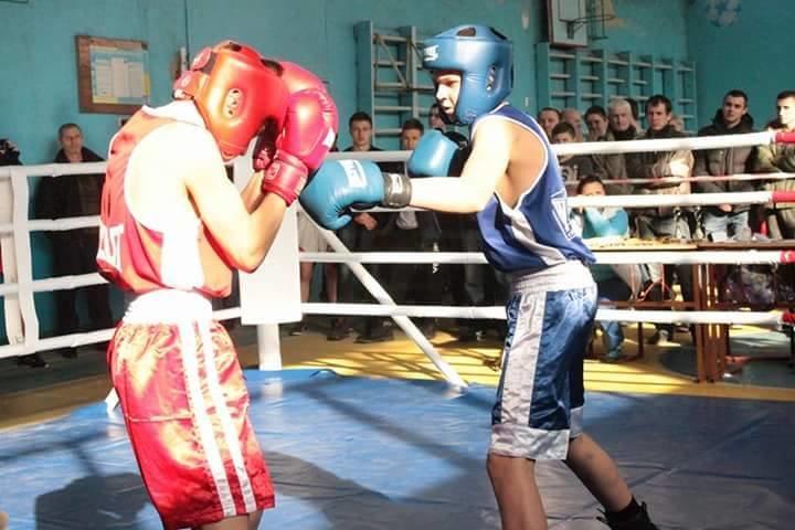 В Ужгороді провели чемпіонат міста з боксу: фото, фото-1