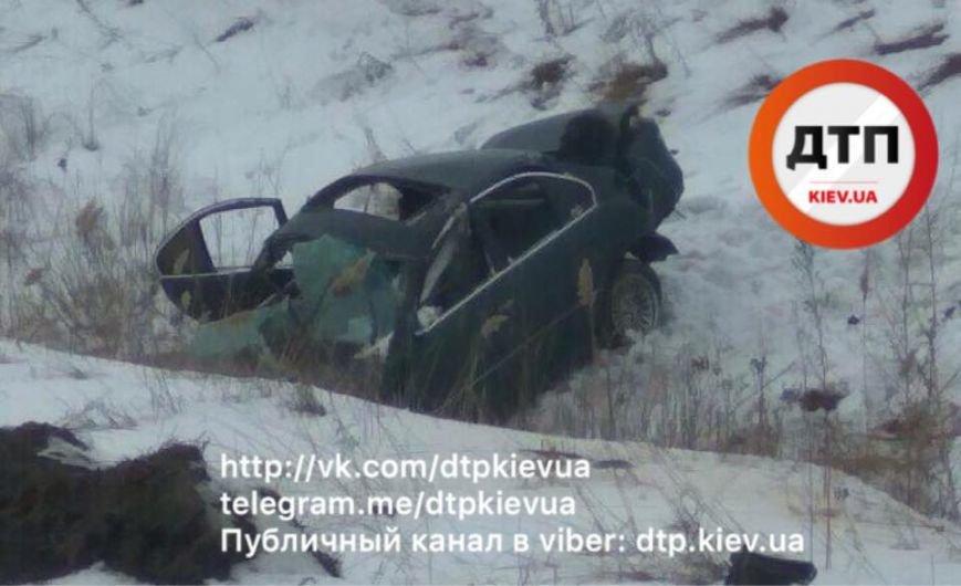Масштабное ДТП под Киевом: авто пять раз перевернулось (ФОТО), фото-3