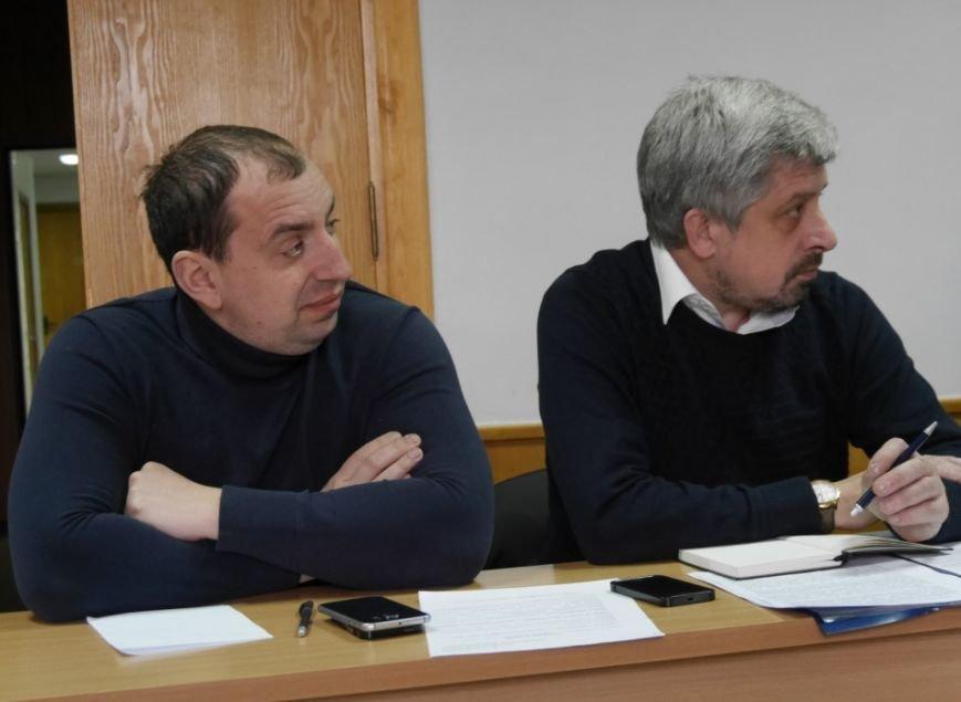 Мер Ужгорода запитав у представників ужгородських таксі, чому машини брудні: фото, фото-6
