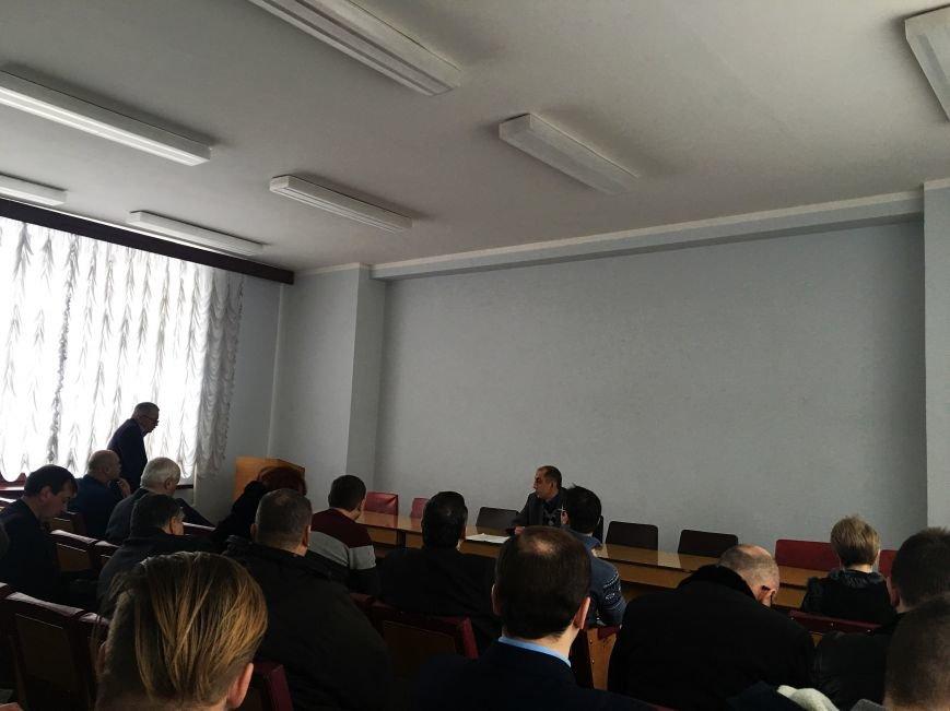 Криворожские монополисты жаловались в УБЖП на работу друг друга (ФОТО), фото-1
